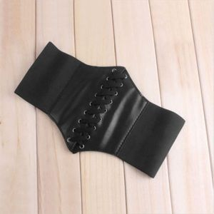 Accessories - Under bust black corset belt